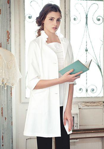 ホワイトの着用例