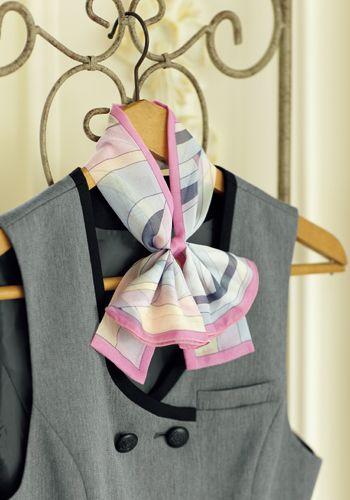 スカーフとリボンのセットです