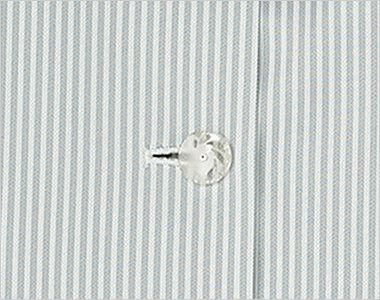 KK7813 BONMAX/リエート オーバーブラウス(サテンリボン付き) ストライプ ボタン部分