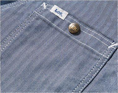 Lee LWV19001 ジップアップベスト(男女兼用) Leeロゴ入りのオリジナルボタンのついたポケット