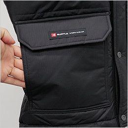 バートル 7510 [秋冬用]リップクロス防寒ジャケット(大型フード付)(男女兼用) 脇から手を入れられる暖かい裏起毛ポケット