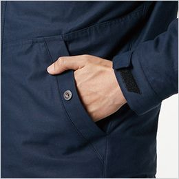 バートル 8210 [秋冬用]ヒータージャケット(大型フード付き)(男女兼用) 両脇ウォームポケット、カフスアジャスター