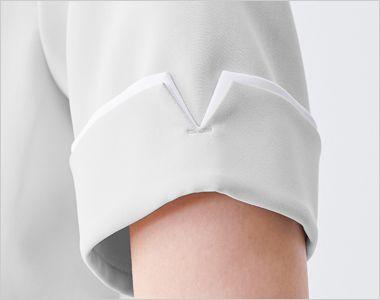 614 ジェラート ピケ&クラシコ レイヤースリーブワンピース(女性用) 袖、前身頃に施されている、主張しすぎないレイヤーカラーが上品で可愛らしいワンピース。