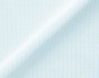 en joie(アンジョア) 06060 [通年]光沢のストライプがシャープで華やかな半袖ブラウス 光沢とハリのある華やかなストライプ生地