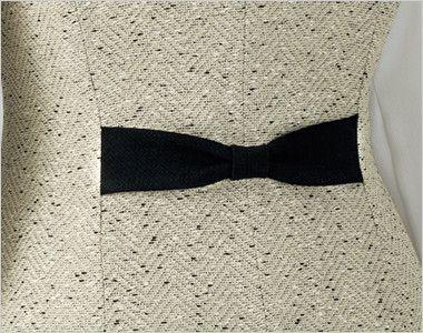 en joie(アンジョア) 11680 [通年]ほんのり甘いミックスツイードのベスト リボンのようなかわいい背ベルト