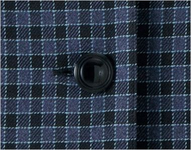 en joie(アンジョア) 21010 [秋冬用]寒い時期にオススメ!落ち着きあるチェック柄の長袖オーバーブラウス(リボン付) シンプルな黒ボタン