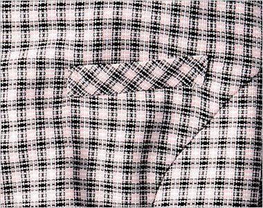 en joie(アンジョア) 26190 [春夏用]ハリ感・通気性が魅力の可憐!フラワーチェック オーバーブラウス ポケット