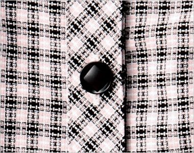 en joie(アンジョア) 26190 [春夏用]ハリ感・通気性が魅力の可憐!フラワーチェック オーバーブラウス 内側にダイヤマークのある黒ボタン