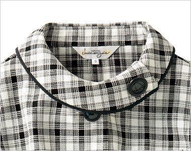 en joie(アンジョア) 26320 [春夏用]爽やかチェックと大きめボタンがキュートなオーバーブラウス 大きな黒いボタンがアクセントのロールカラーな襟元