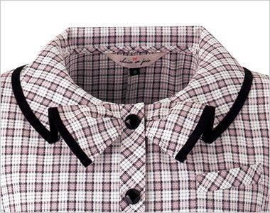 en joie(アンジョア) 26350 [春夏用]リボンモチーフの襟が大人かわいいチェック柄のオーバーブラウス リボンをしているようにみえる襟元