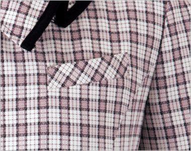 en joie(アンジョア) 26350 [春夏用]リボンモチーフの襟が大人かわいいチェック柄のオーバーブラウス ネームプレートとペンなどを区分け収納できる名札ポケットと左胸ポケット