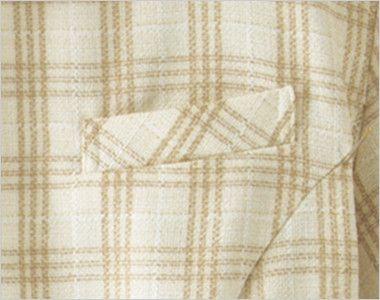 en joie(アンジョア) 26380 [春夏用]ほっこりベージュ×丸襟がかわいい癒し系のチェック柄オーバーブラウス ネームプレートとペンなどを区分け収納できる名札ポケットと左胸ポケット