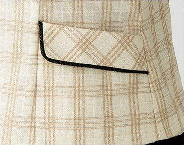 en joie(アンジョア) 26380 [春夏用]ほっこりベージュ×丸襟がかわいい癒し系のチェック柄オーバーブラウス フラップ風の上から出し入れするポケット