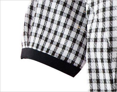 en joie(アンジョア) 26450 [春夏用]ギンガムチェックのオーバーブラウス(リボン付) 黒い袖口テープで絞ってあるため腕を上げても脇から下着が見えにくい