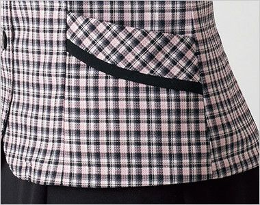 en joie(アンジョア) 26530 [春夏用]落ち着いた印象で肩パッドなしの快適な着心地!チェック柄オーバーブラウス 斜めラインのポケット