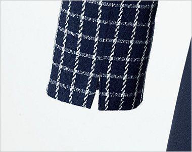 en joie(アンジョア) 61630 [通年]医療事務に人気!癒し系の七分袖ワンピース(女性用)(ブローチ付) チェック スリットのある袖で動きやすい