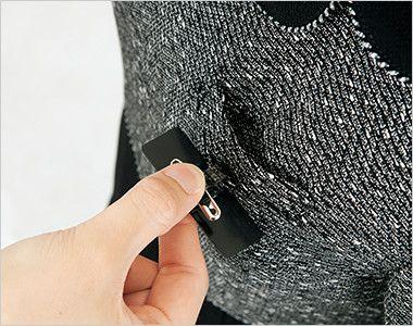 en joie(アンジョア) 61680 [通年]優しい雰囲気のネックラインで大人可愛い七分袖ワンピース(女性用) ツイード×無地 ネームプレートとペンを区分け収納できる名札ポケットと左胸ポケット