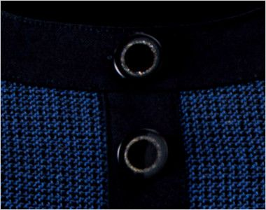 en joie(アンジョア) 61730 [通年]大人可愛いシルエットで魅せるブルーツイードのAラインワンピース(女性用) きらきら光るリングデザインの黒ボタン