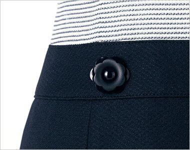 en joie(アンジョア) 66410 [春夏用]ボーダー×ネイビーが清楚な七分袖ワンピース(女性用) 花びらのようなかわいいボタン