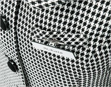 en joie(アンジョア) 81460 [通年]柔らかい印象のツイード調千鳥チェック柄ジャケット 胸ポケットにペンをさしても名札が邪魔にならない実用性の高い名札ポケットです。