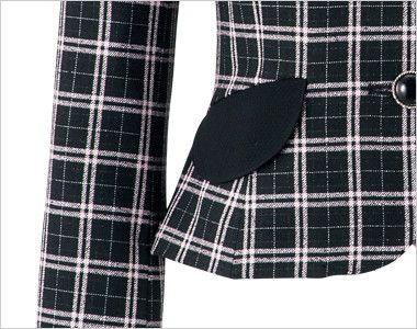 en joie(アンジョア) 81610 [通年]明るいチェックを襟やポケットのブラックでひきしめたジャケット チェック 黒の大きなフラップポケットがアクセントに