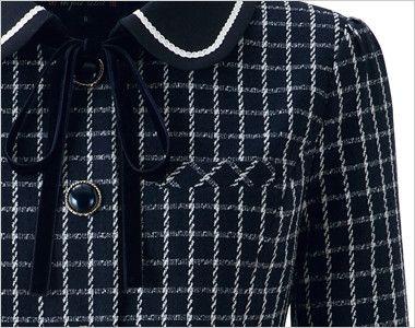 en joie(アンジョア) 81630 [秋冬用]まるいデザイン襟とフラップポケットがかわいいジャケット(リボン付) チェック ネームプレートとペンなどを区分け収納できる名札ポケットと左胸ポケット