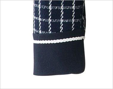 en joie(アンジョア) 81630 [秋冬用]まるいデザイン襟とフラップポケットがかわいいジャケット(リボン付) チェック 切替デザインで抜け目がない