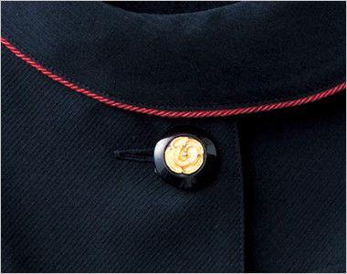 en joie(アンジョア) 86465 [春夏用]丸みのあるアシンメトリーの襟が優しいサマージャケット 無地 花びらのようなかわいいゴールドの黒ボタン