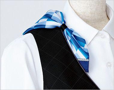 EAJ526 enjoy ジャケット チェック スカーフループ®衿もとにスカーフのズレを防ぐループが付いています。ワンタッチで形が決まります。
