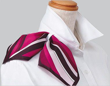 ESB597 enjoy シルクのような光沢でふんわりと柔らかな肌触りの七分袖シャツブラウス 衿もとにスカーフのズレを防ぐループが付いています。ワンタッチで形が決まります。