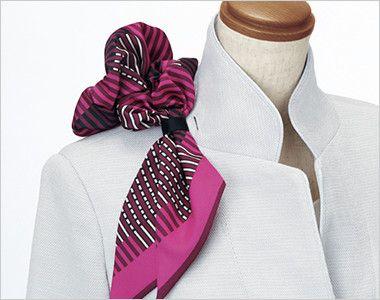 ESJ552 enjoy ノーカラージャケット 無地 衿もとにスカーフのズレを防ぐループが付いています。ワンタッチで形が決まります。