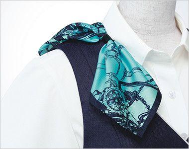 ESV705 enjoy [春夏用]ベスト ツイード 衿もとにスカーフのズレを防ぐループが付いています。ワンタッチで形が決まります。