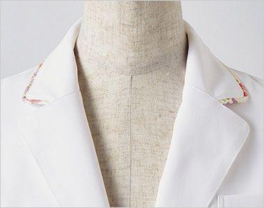 LW102 ローラ アシュレイ 長袖ドクターコート(女性用) さりげない配色を施した襟もとが上品な印象