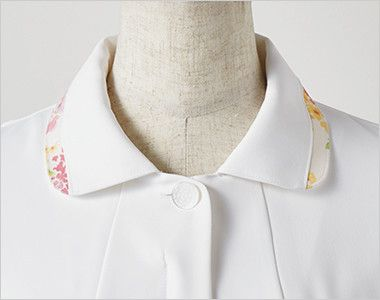 LW803 ローラ アシュレイ 半袖ナースジャケット(女性用) 女性らしさを引き出すラウンドカラー