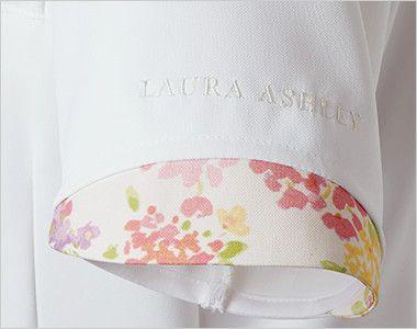 LW803 ローラ アシュレイ 半袖ナースジャケット(女性用) 丸みのある配色使い。ロゴ刺繍入り