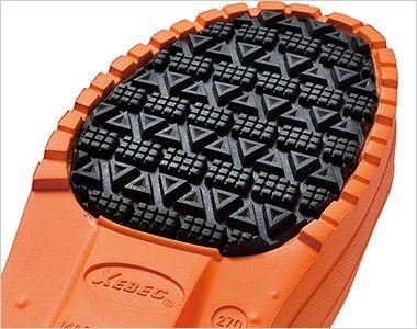 ジーベック 85715 EVA軽量防寒ショート丈長靴 靴底の接地面には滑りにくいラバーを貼り合わせ、耐滑性・摩耗性を向上させています。
