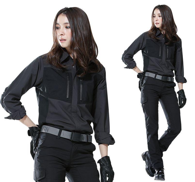 TS DESIGN(藤和) TS DESIGN 84605 ハイブリッドストレッチシャツ(男女兼用) 14-84605 ハイブリッドストレッチシャツ モデル着用雰囲気1