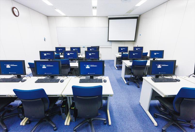 新宿ラーニングセンターには大小さまざまな21の教室が