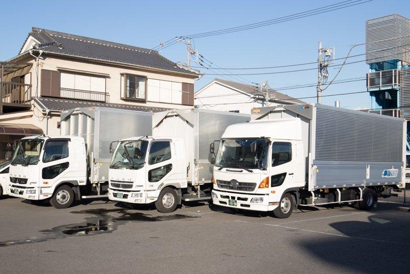 2tから4t、積載量を増やした増トン車など、ニーズに合わせた車両のラインナップ